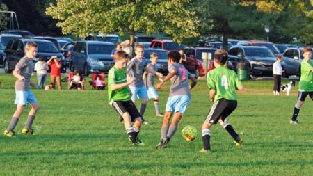 Revolución y DBSS Sting empatan en partido de fútbol
