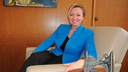 Alcaldesa Bliss contenta con progreso de ciudad
