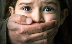 Maestra acusada de abuso infantil