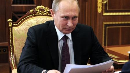 Trump y Putin acuerdan cita en julio y cooperar sobre Siria y Corea del Norte