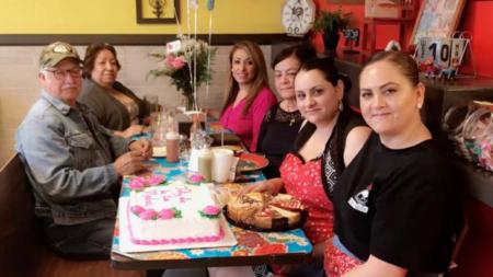 El Toro Bravo celebra a Mamá