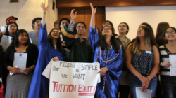 Juez niega a soñadores pagar colegiaturas como residentes en Arizona