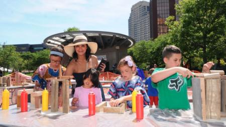 Hispanos exhiben en Festival de Artes