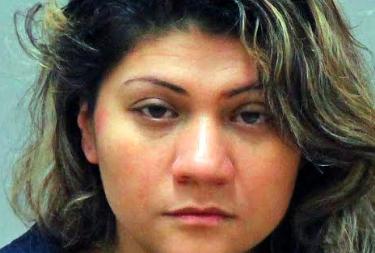 Despiden cargos en contra madre de niño difunto de 4 años