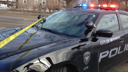 """Policía de Wyoming y Kentwood: """"asegúrese de cerrar su auto"""""""