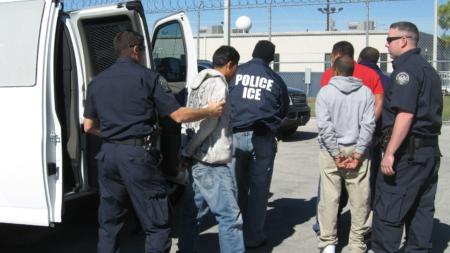"""Solicitantes de la visa """"U"""" enfrentan posible deportación, denuncian abogados"""