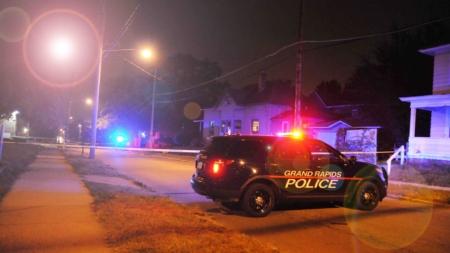 Uno herido de bala en Grand Rapids, policía busca sospechoso