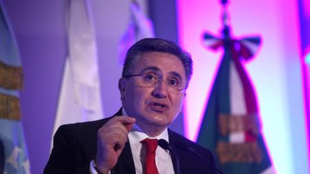 Ombudsman, UNAM y Carlos Slim impulsan ciudadanización de mexicanos en EEUU