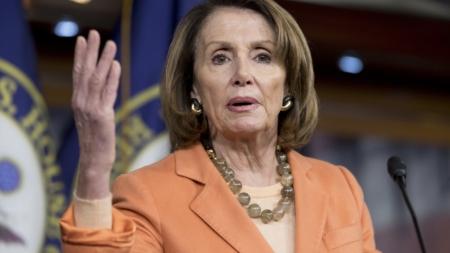 """Líderes demócratas acuerdan con Trump proteger a los """"soñadores"""" con una ley"""