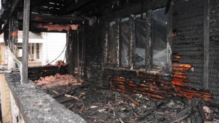 Incendio destruye casa en suroeste de Grand Rapids