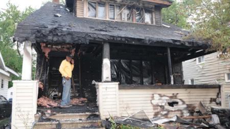 Incendio destruye casa en Grand Rapids