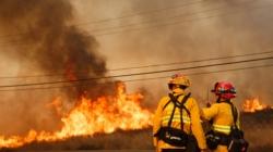 Incendios en California dejan 10 muertos, 20.000 evacuados y cuantiosos daños