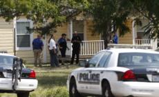 Arrestan a niñera hispana de Texas por golpear a niños con bate de béisbol