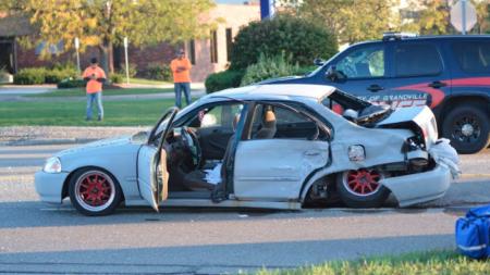 Accidente paraliza el tránsito en calle 28