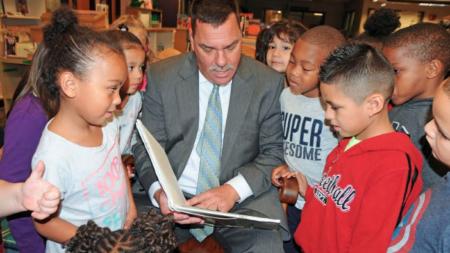 Escuelas de Wyoming buscan el apoyo de propuesta escolar