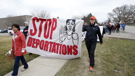 Activistas intentan frenar deportación de mexicano que combatió en Afganistán