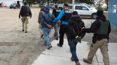Arrestados al norte de Grand Rapids