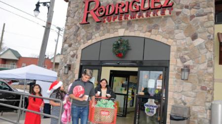 Rodríguez Supermarket sigue premiando a sus clientes