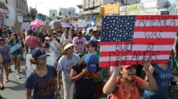 """Líderes evangélicos piden al Congreso que proteja a los """"soñadores"""""""