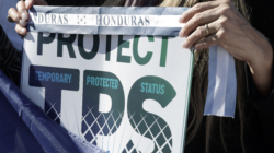 Activistas urgen a salvadoreños a renovar el TPS antes del fin de plazo