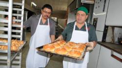 """3 Hermanos Panadería y Pastelería: """"Con verdadero sabor mexicano"""""""