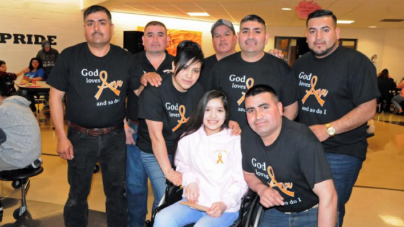 Joven hispana con cáncer busca un milagro