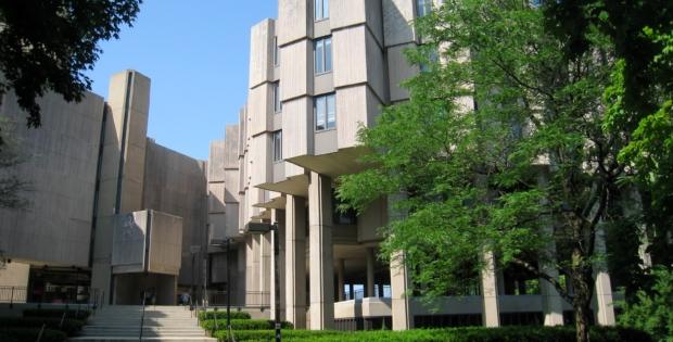 Informe de persona con arma de fuego en el campus de la Universidad Northwestern fue un engaño
