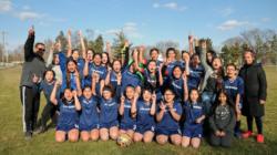 Equipo femenino de fútbol Lee apenas supera a Godwin Heights