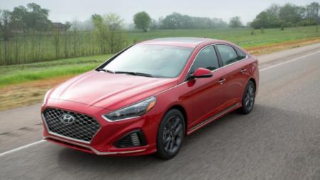 Hyundai Sonata. Como mantenerse relevante.