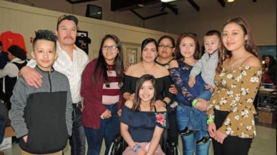 Público latino apoyó a joven hispana con cáncer