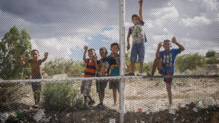 Gobierno arriesga la salud de los menores inmigrantes si separa las familias