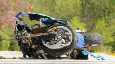Motociclista pierde la vida en colisión con carro