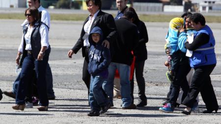 Agencias de Nueva York se unen para dar servicio a niños separados de padres
