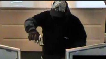 Arrestan a sospechoso de robo de banco