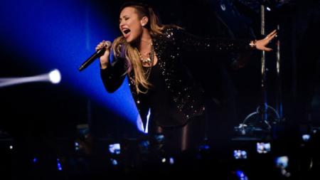 Demi Lovato cancela fechas de presentación en México