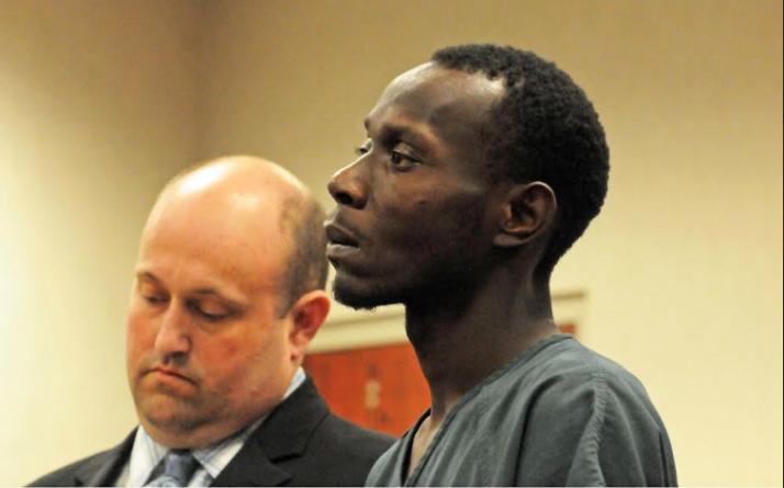 Acusado asesino en gasolinera competente para juicio