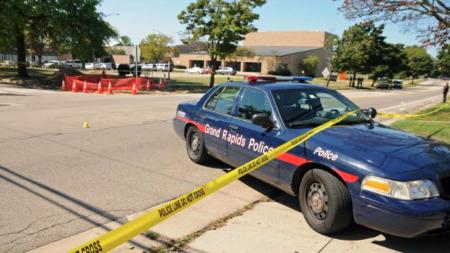 Herido por bala cerca de Ottawa Hills High