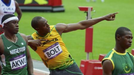 El Hombre más rápido de la Tierra incluso con Gravedad CERO.