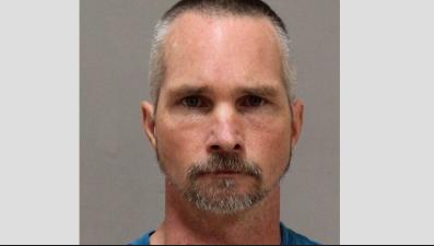 Arrestado por posesión de material pornográfico infantil