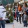 Inmigrantes dejados en libertad por ICE comienzan a reunirse con familias