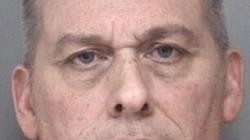 Procesan por cargo de pornografía infantil a profesor sustituto de Battle Creek