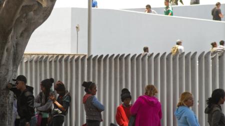 Juez desestima demanda contra empresa por no dar información de inmigrantes