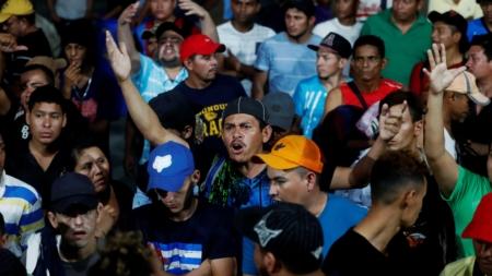 Unos 400 hondureños inician otra caravana con rumbo a EE.UU., según medios