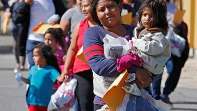 Gobierno tiene pendiente de reunir con sus padres a cien menores inmigrantes