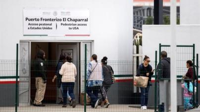 Activistas demandan al Gobierno por devolver a México a solicitantes de asilo