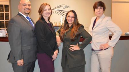 AVANTI LAW GROUP: La defensa de los hispanos