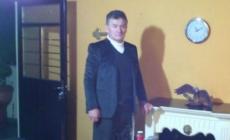 """Pastor se casará con niña de 12 años """"por orden de Dios""""."""