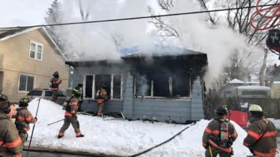 Gran incendio consume casa-habitación