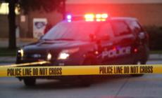 Policía de Wyoming busca a 3 hombres después de un tiroteo