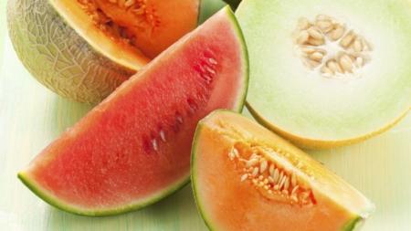 Emiten alerta por sandia y melón contaminados con salmonella